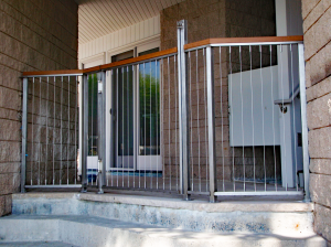 Stainless Steel Frame with Cable Railing AM-14