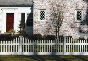 Mt Vernon Scalloped Picket Fence F-FVP-33