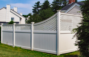 Ultra Privacy Fence with Diagonal Lattice Topper F-FVV-6