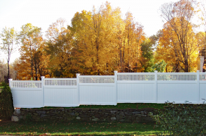 Ultra Privacy Fence with Horizontal Vertical Lattice Topper F-FVV-16