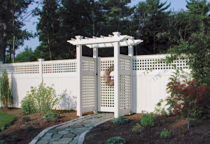 Ultra Privacy Fence with Horizontal Vertical Lattice Topper F-FVV-17