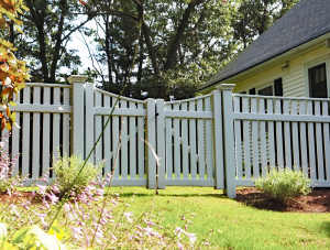 Traditional Ultra Privacy Fence F-FVV-4