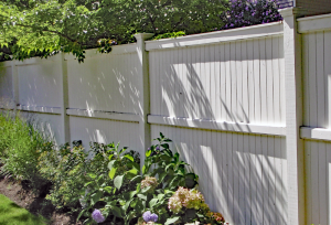 Ultra Privacy Contemporary Fencing F-WV-10